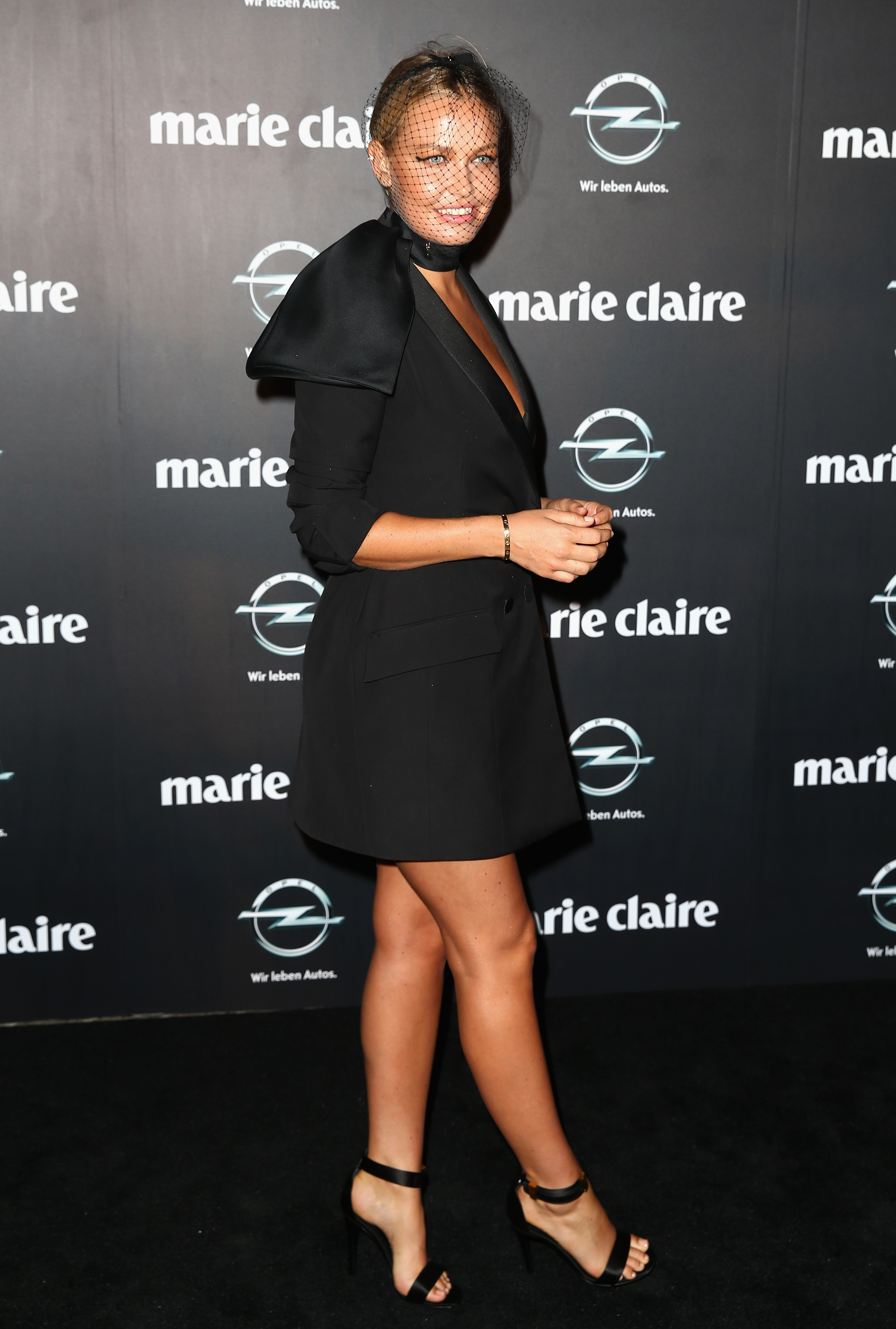lara bingle see all the celebrity style from the 2013
