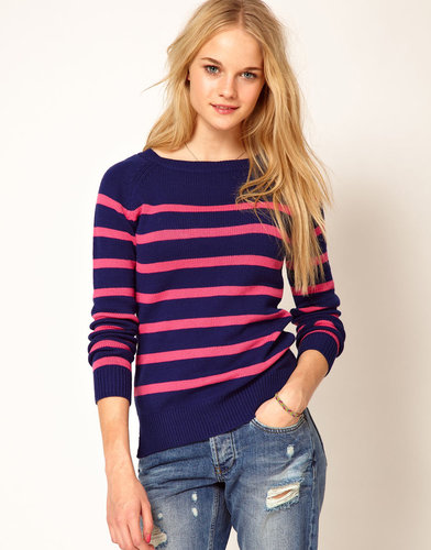 A Wear Stripe Sweater With Tie Neck
