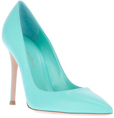 Gianvito Rossi pointed heeled pump