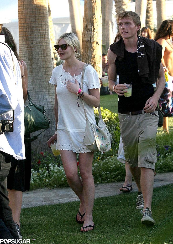 Kirsten Dunst wore a sundress for Coachella 2009.