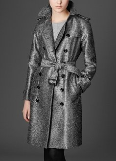 Top Fall Fashion Trends: Classic coats, bags, and boots