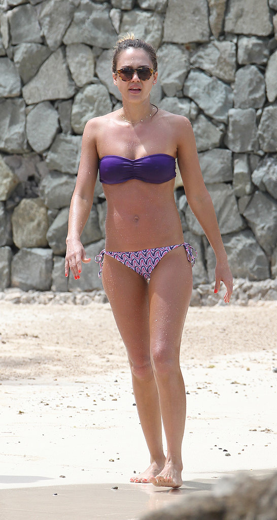 Jessica Alba wore a mismatched purple bikini set in St. Bart's in April 2013.