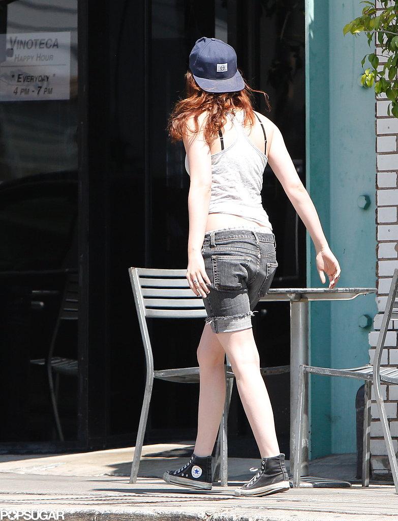 Kristen Stewart wore Converse.