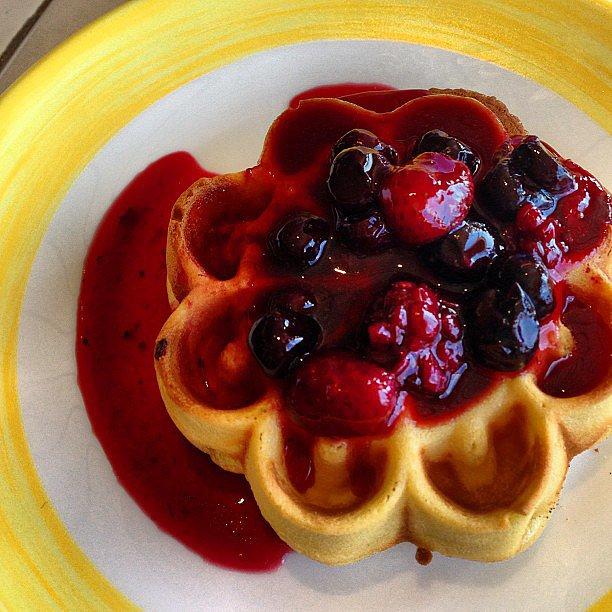 Berry Waffle