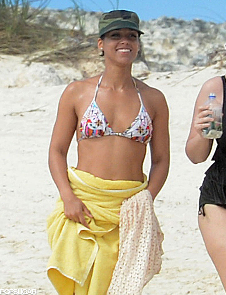 Alicia Keys was wrapped in a yellow towel.