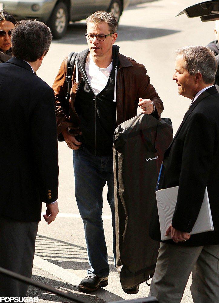 Matt Damon carried his suit for the 2013 Harvard Arts Medal ceremony on Thursday.