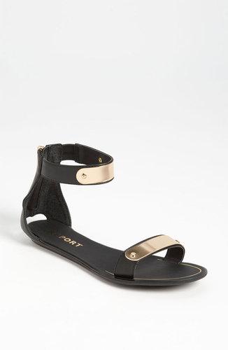 Report Metal Bar Sandal