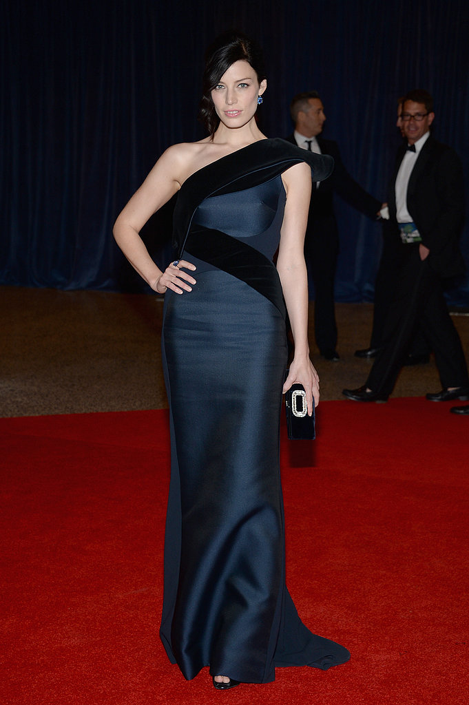 Jessica Paré hit the carpet in a one-shouldered black-and-navy gown.