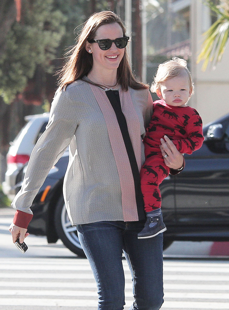 Jennifer Garner and Samuel Affleck kicked off their weekend with an errand run in LA.