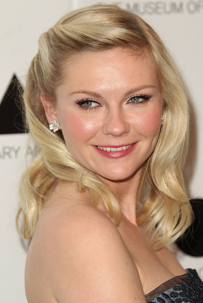 At the MOCA Gala in 2011, Kirsten's vintage hairstyle paired nicely with an alluring cat eye.