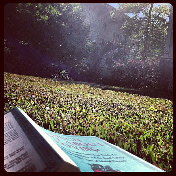 Fashserendipity read while enjoying the warm weather.