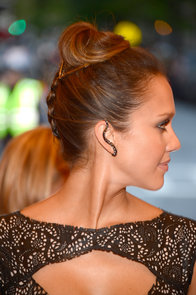 Jessica-Alba-upside-down-braid-which-she-wore-year-Met