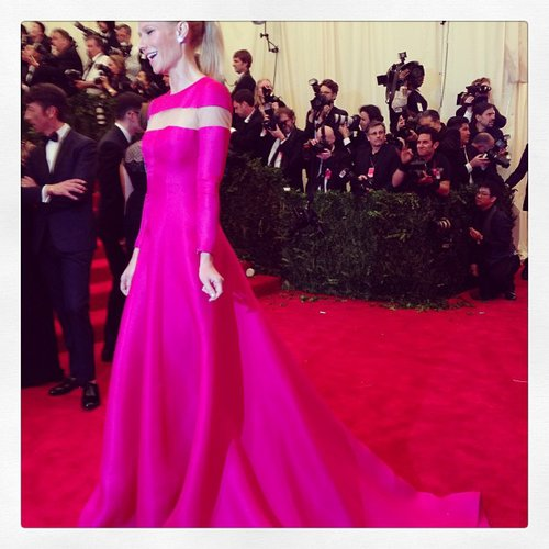 How amazing was Gwyneth Paltrow's hot pink Valentino gown? Source: Instagram user maisonvalentino