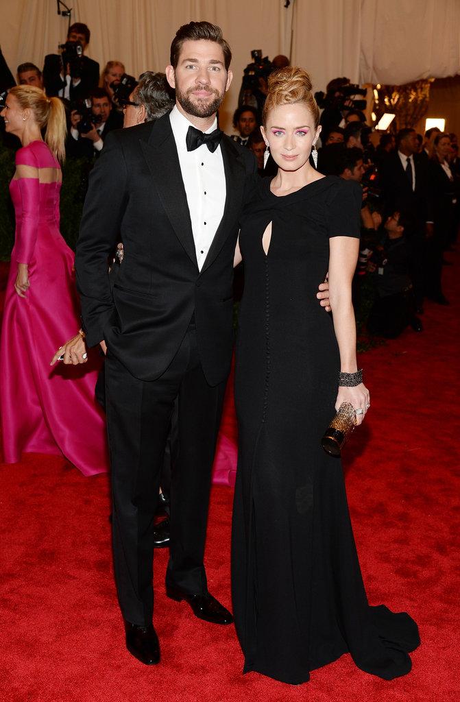 Emily Blunt chose a Carolina Herrera black gown with a subtle keyhole, then added Lorraine Schwartz shield earrings for a dramatic effect.