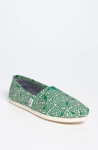 TOMS 'Classic - Circle' Slip-On (Women)