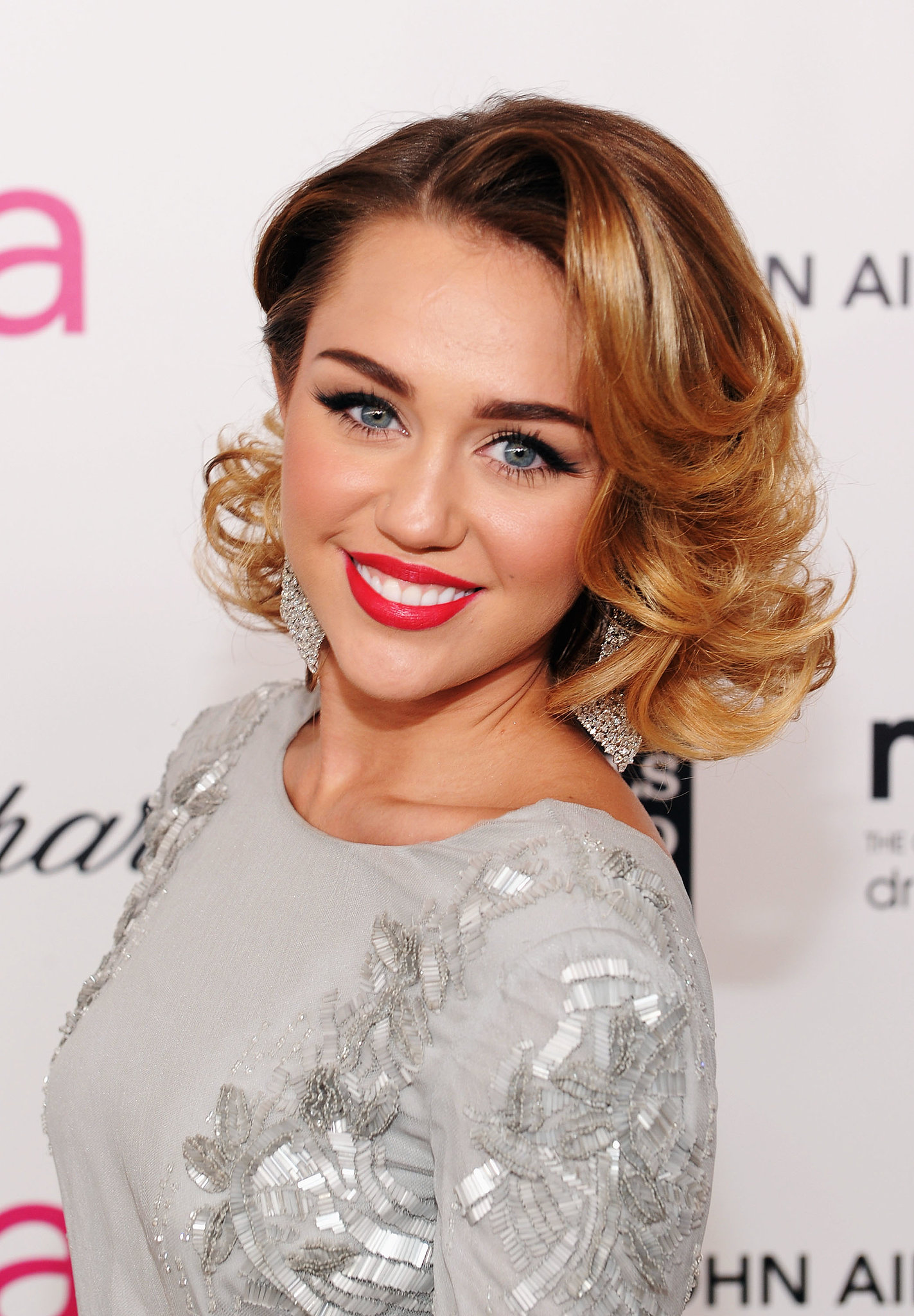 beauty fashion looks style miley cyrus