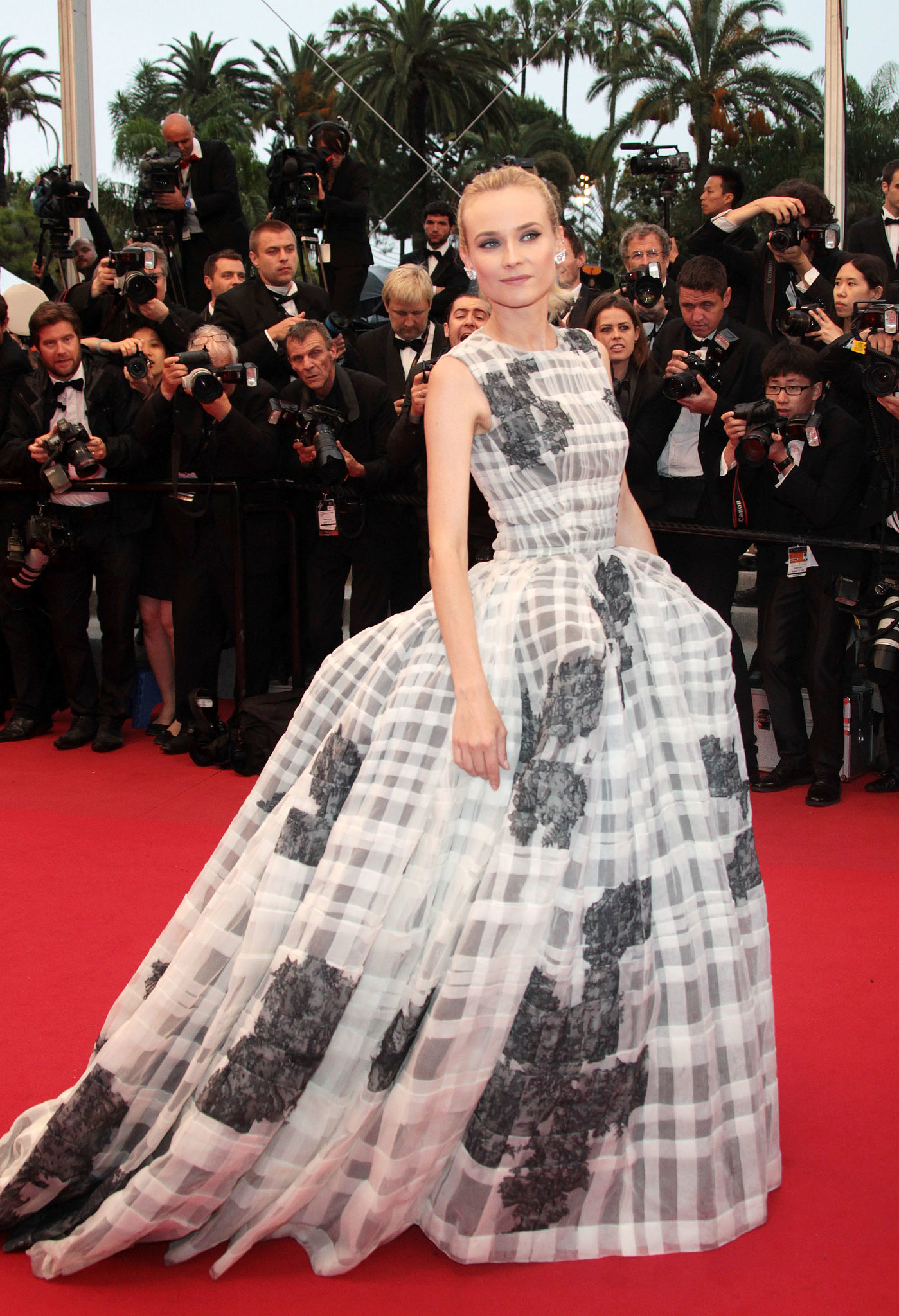 Diane Kruger wore a stunning gown to the Cannes Film Festival in 2012 closing ceremonies.