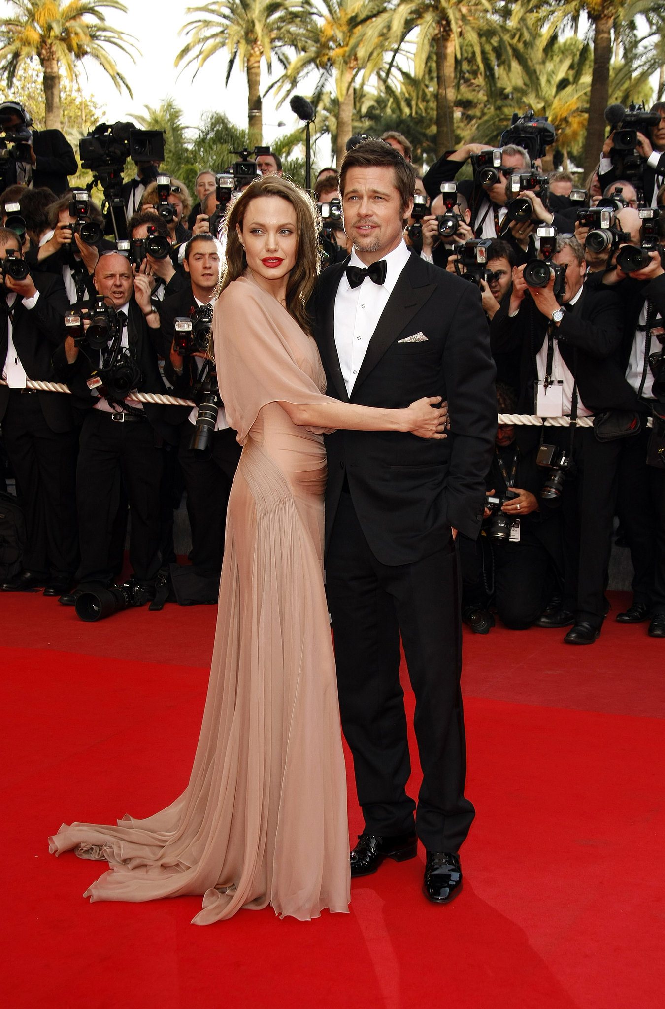 Angelina Jolie embraced Brad Pitt at the Inglourious Basterds premiere during the 62nd Cannes Film
