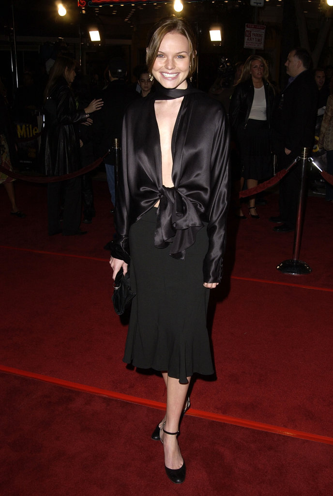 For the 2002 LA premiere of 8 Mile, Kate worked a silk bow-tie blouse with a ruffled hem skirt and ankle-strap pumps.