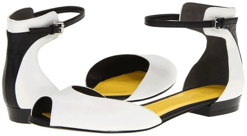 Nine West - Joeley (White/Black Leather) - Footwear