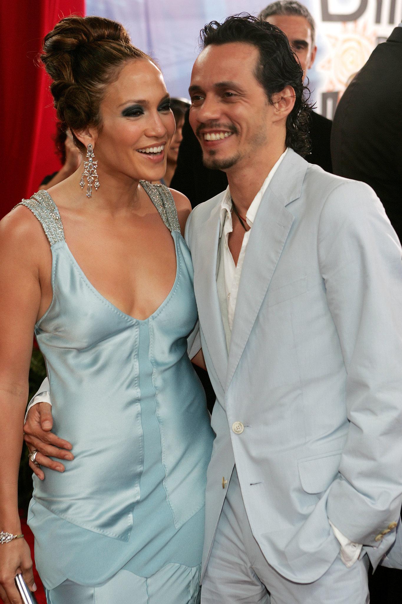 Jennifer Lopez and Marc Anthony walked the carpet together in December 2005.