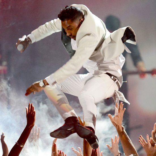 Miguel Billboard Awards Performance Accident | Video
