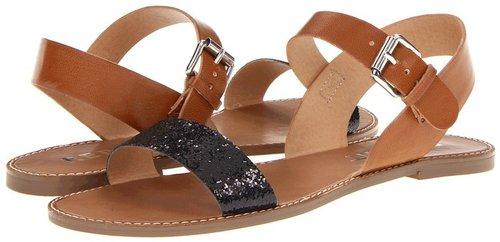 Report - Ellenton (Black) - Footwear