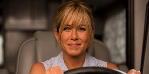 """Jennifer Aniston Is """"Just a Cheap Stripper"""" in the We're the Millers Trailer"""
