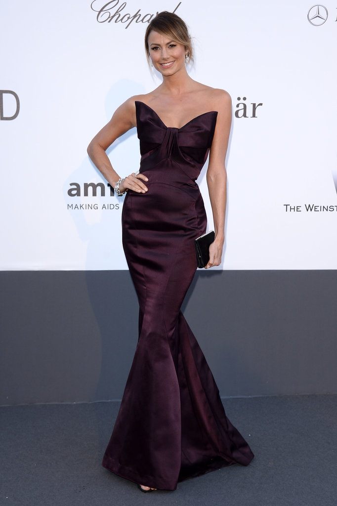 Stacy Keibler's eggplant-hued Zac Posen mermaid gown featured a fabulous oversize bow that really accentuated her small waist.