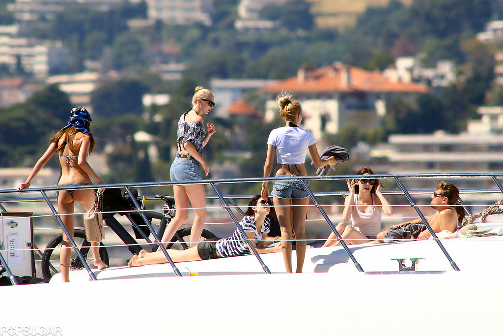 Leonardo DiCaprio was surrounded by a bevy of women for a yacht day in Cannes.
