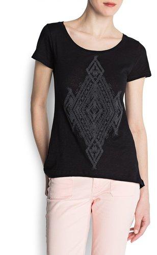 Decorative detail t-shirt
