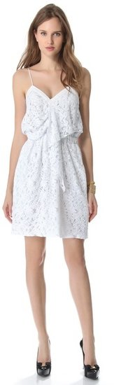 No. 21 Sleeveless Lace Dress