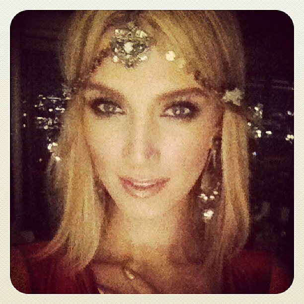Delta Goodrem sported a very beautiful, Gatsby-esque headpiece created by her good friend Nicole Richie. Source: Instagram user deltagoodrem