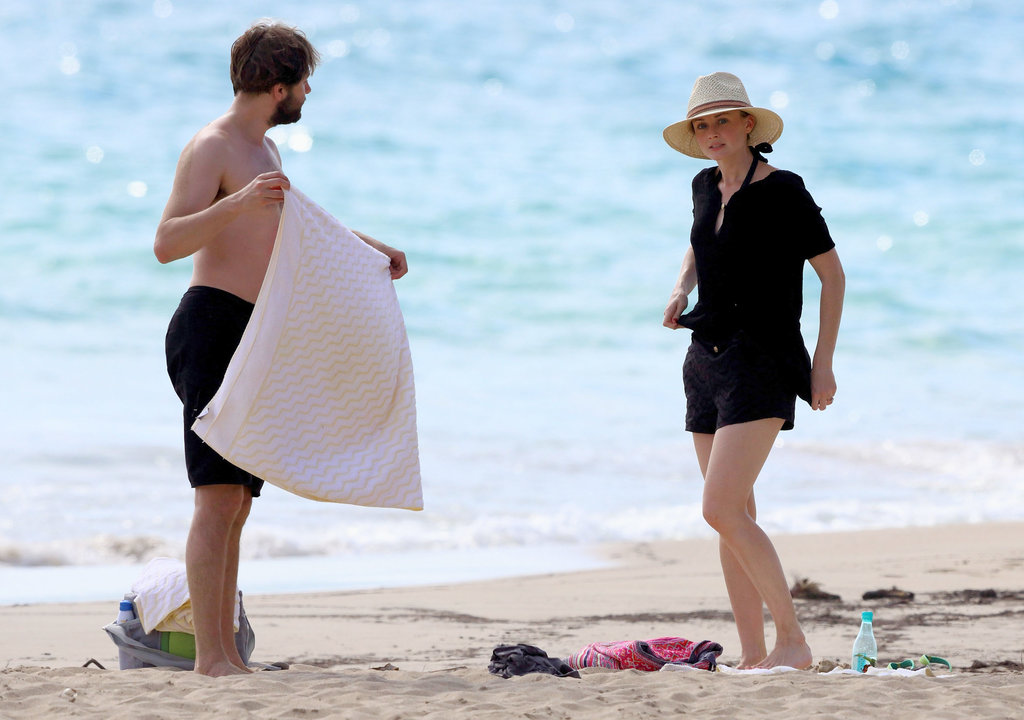 Mad Men's Vincent Kartheiser Escapes to Hawaii With Fiancée Alexis Bledel