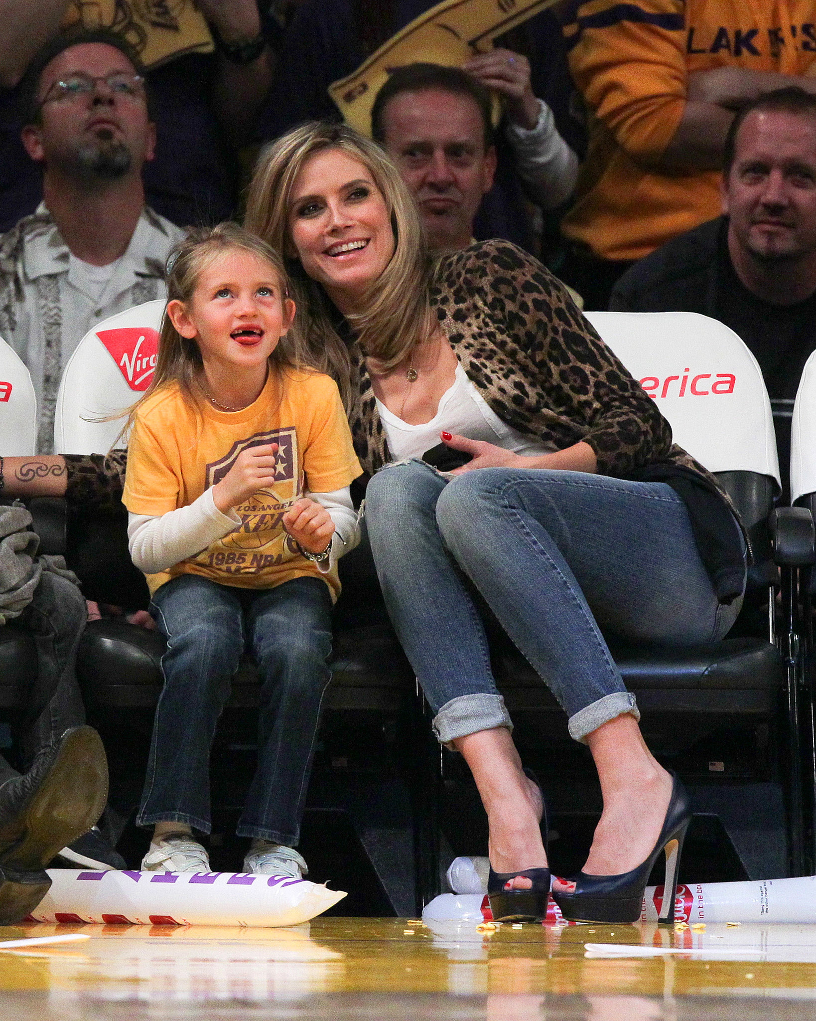 Heidi Klum and her daughter Leni Samuel watched the Lakers play the New Orleans Hornets in Januar