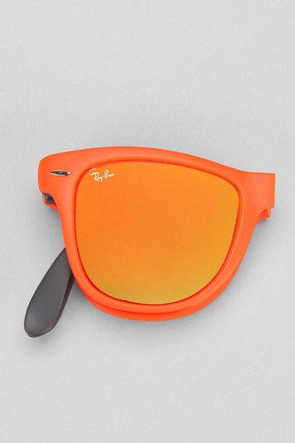 Ray-Ban Matte Folding Wayfarer Sunglasses
