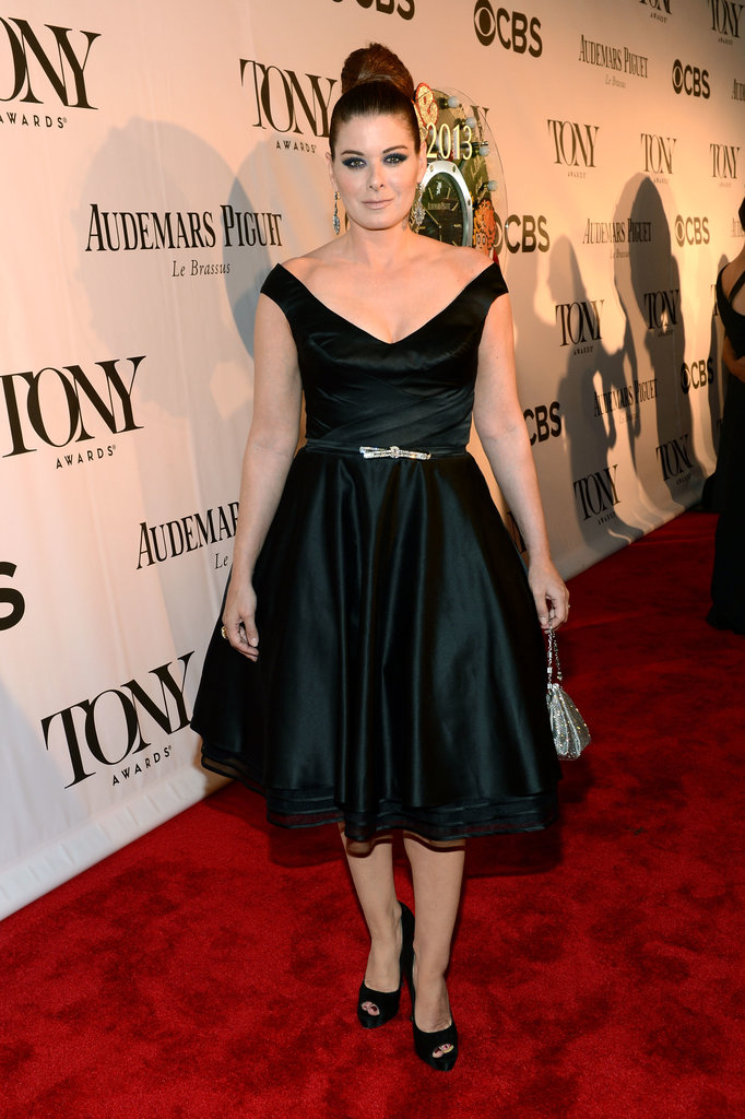 Debra Messing's feminine black party dress and top knot were very Audrey-Hepburn feeling, no? She completed the look with Fred Leighton jewels.
