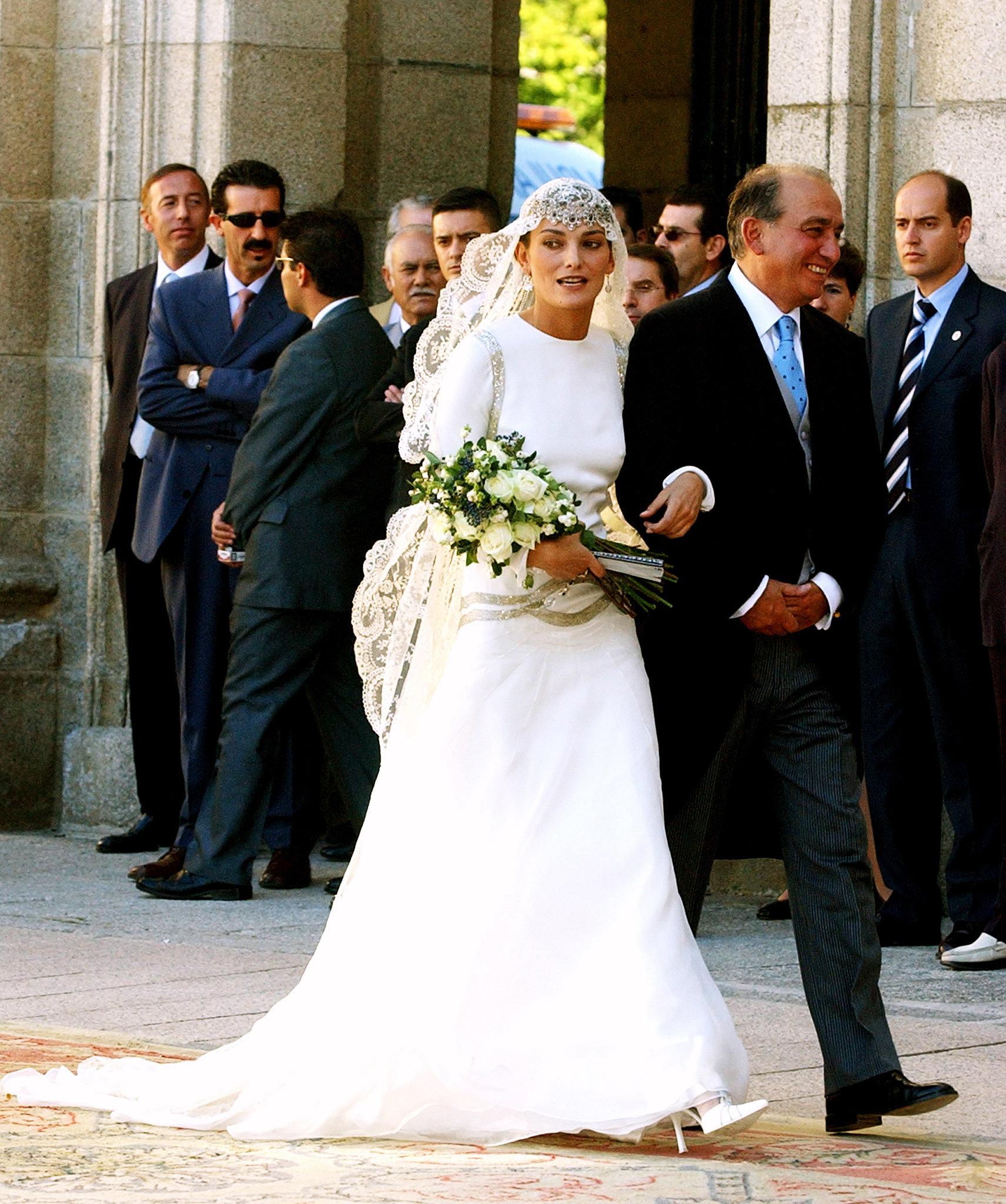 Weddings laura ponte in miquel palacio the modern duchess