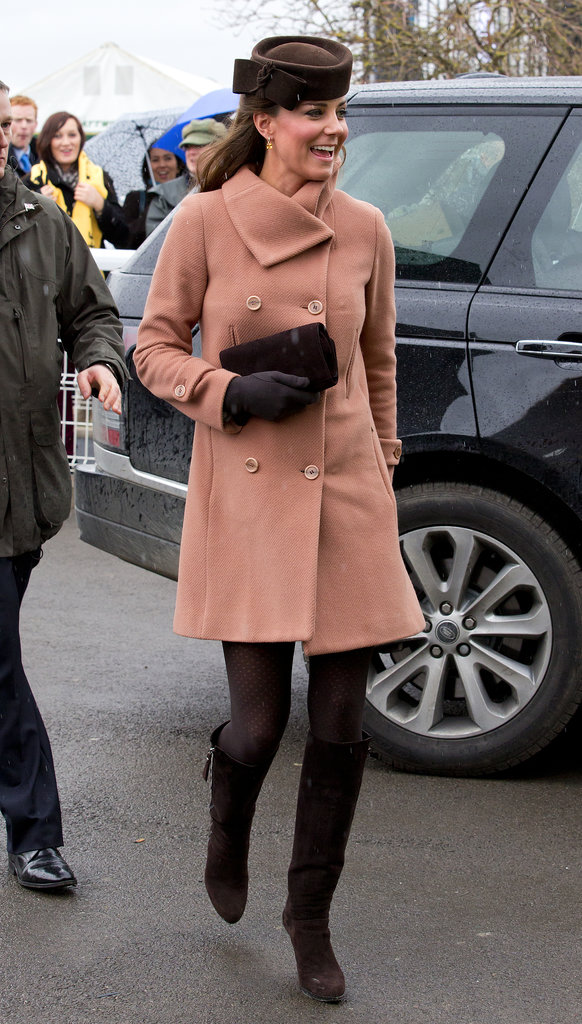 On March 15, Kate Middleton joined Prince William to visit the Cheltenham Festival in London.