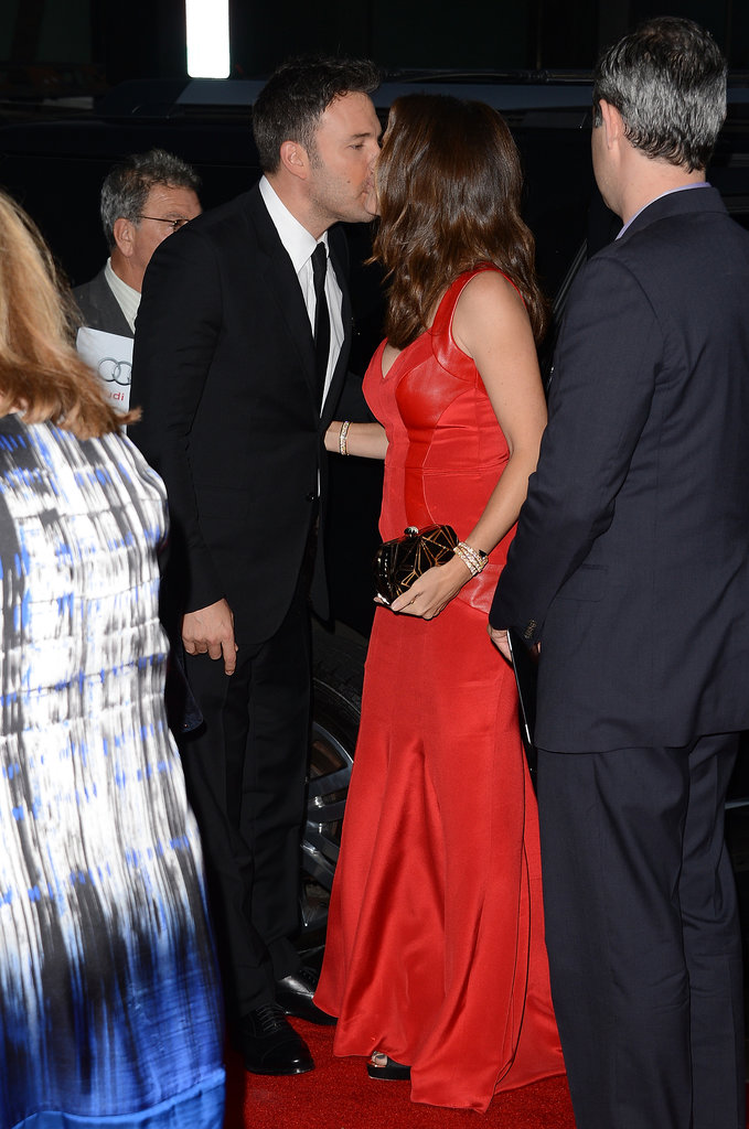 Ben and Jennifer shared a kiss at the October 2012 premiere of Argo in LA.