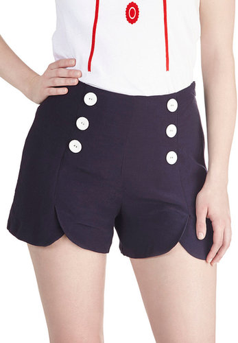 Sailor Squad Shorts in Navy