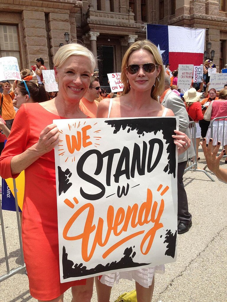 Two women showed their support for Wendy Davis. Source: Twitter user PPact