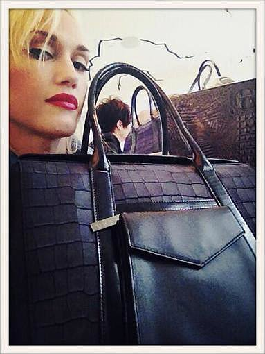 Gwen Stefani showed off one her new Lamb handbag designs. Source: Twitter user gwenstefani
