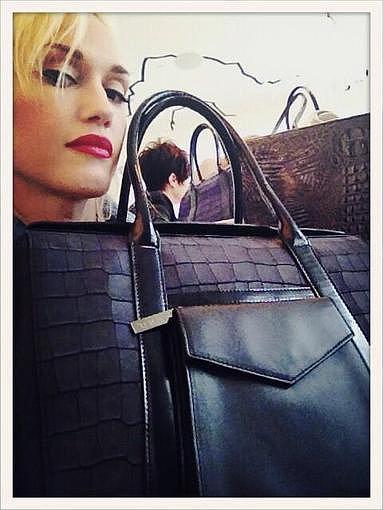Gwen Stefani showed off one her new handbag designs. Source: Twitter user gwenstefani