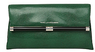 440 Envelope Embossed Lizard Clutch In Fern Green