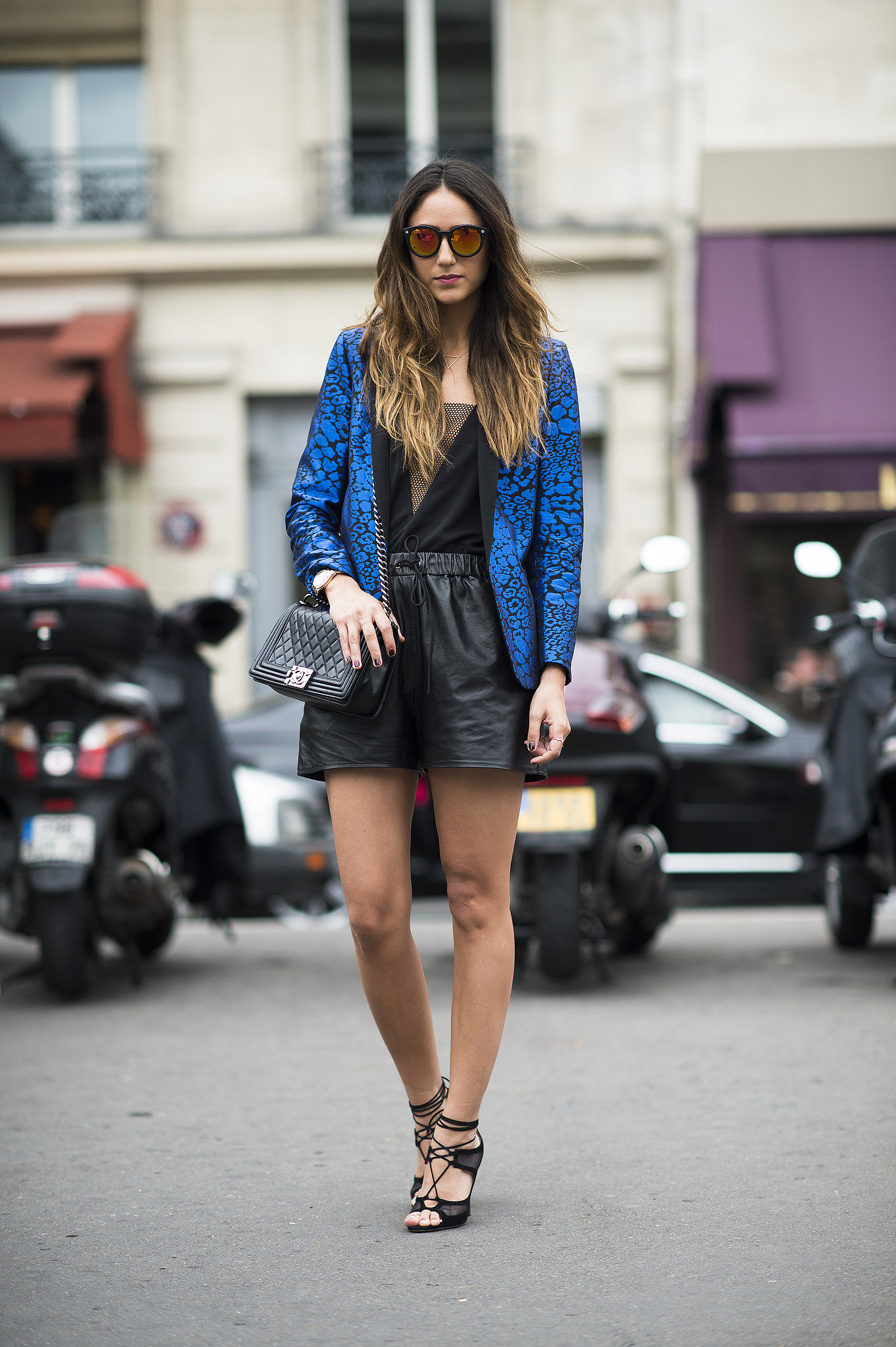 An electric blue blazer kept this city slicker's look from being all black. Source: Le 21ème | Adam Katz Sinding