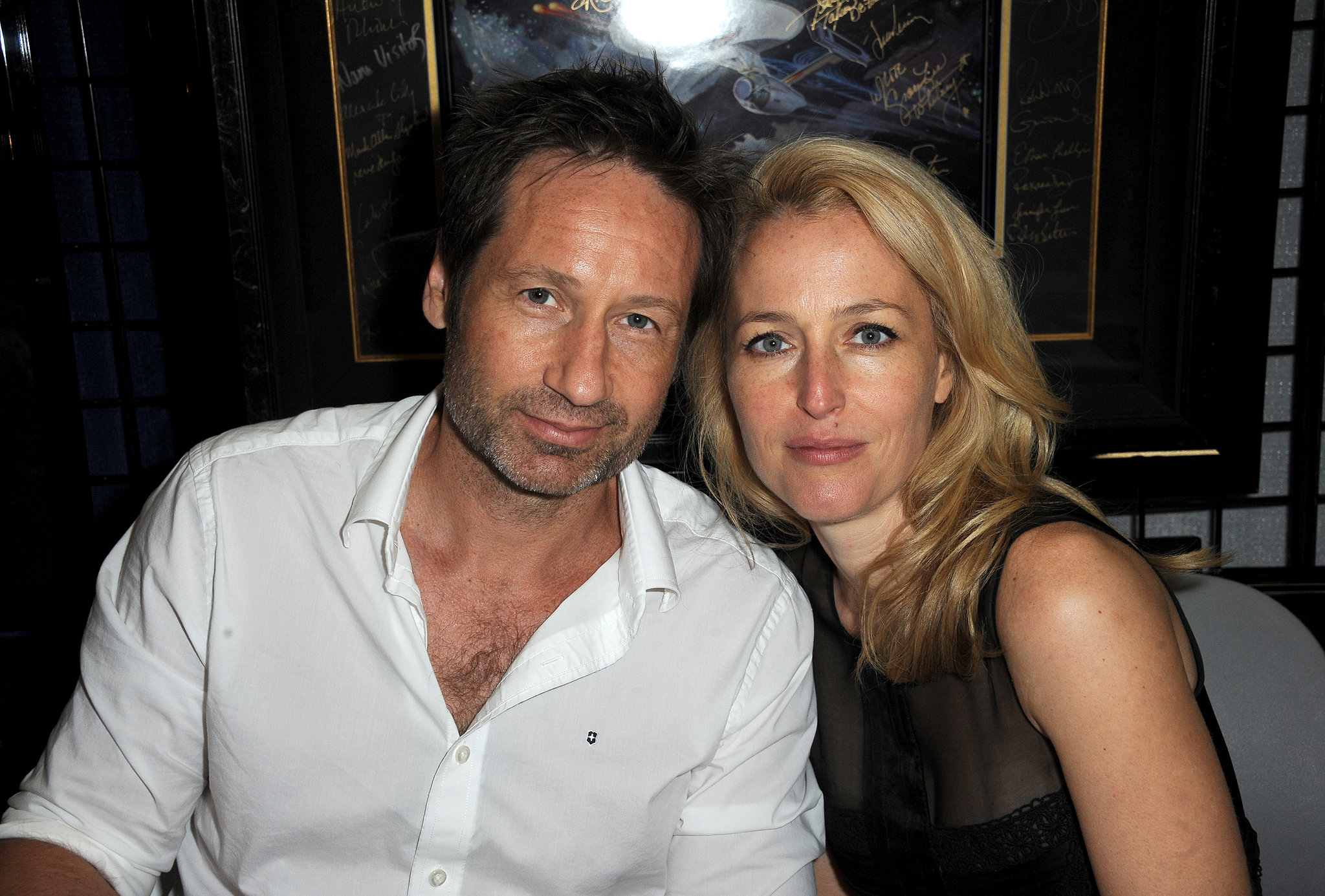 X-Files reunion! David Duchovny and Gillian Anderson still look great.