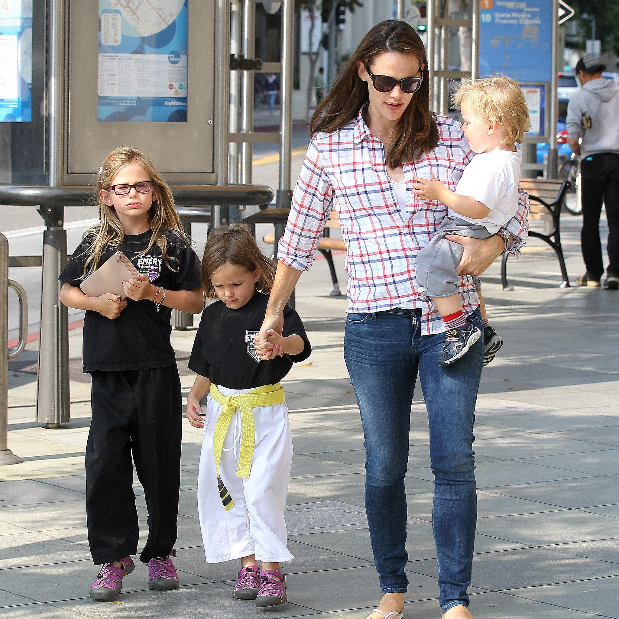 Jennifer Garner took her kids  Violet  Seraphina  and Samuel Affleck    Jennifer Garner Kids Samuel
