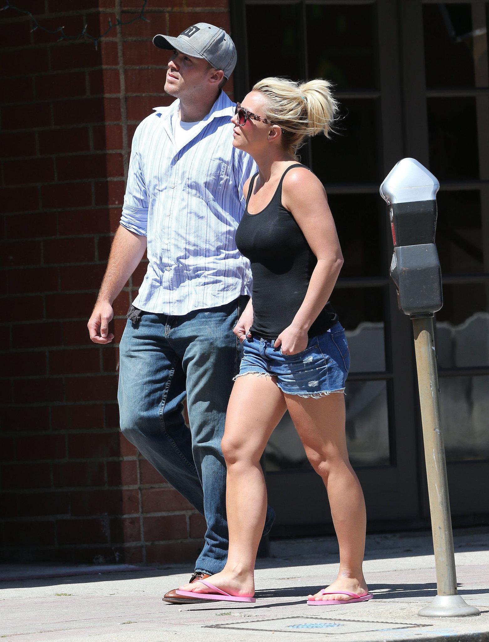 Ooh La La: Britney Spears Has a Lunch Date With David Lucado