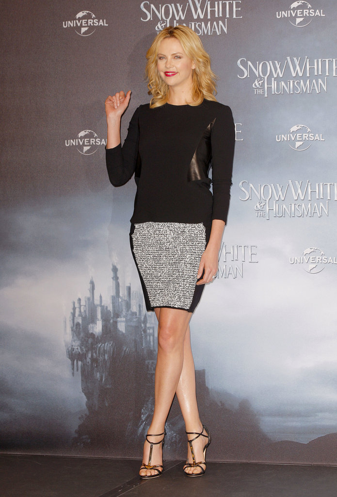 She showcased her gams at a Snow White and Hunstman event in Berlin back in May 2012.